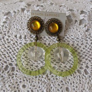 Ladies Retro Orange Green Dangle Pierced Earrings